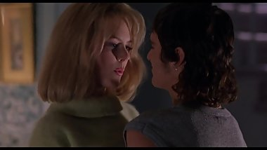 Celebrity Cougar Nicole Hot Scene with Joaquin Phoenix - To Die For (1995)