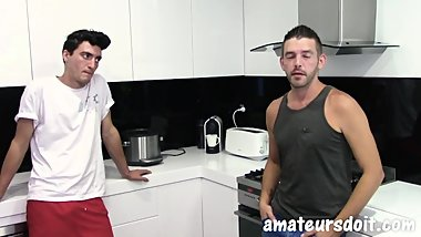 Giant cock gets Blown by amateur