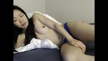 Dum Hoe Asian Slut