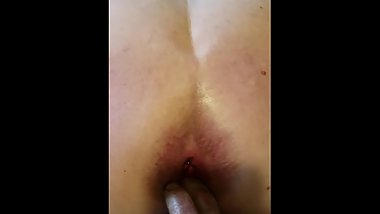 Horny MILF suck starts hubby for gaping anal creampie!