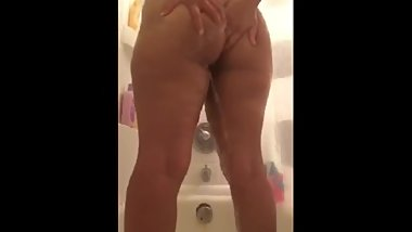 Wife Fucks and Cums on Dildo