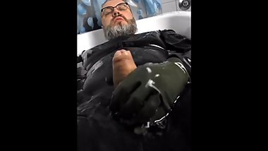 Bathtub Cumshot and Cumeating in full Rubber
