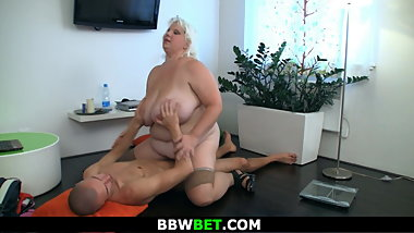 Mega-tits chubby blonde gf rides his cock