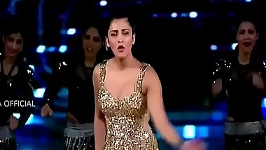 Shruti Hassan - Hot Boobs Bouncing