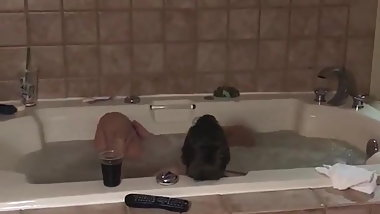 Wife cumming again in the jacuzzi!