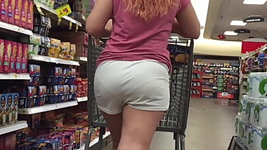 Sexy Legs Nice Booty Redhead in VPL White Shorts