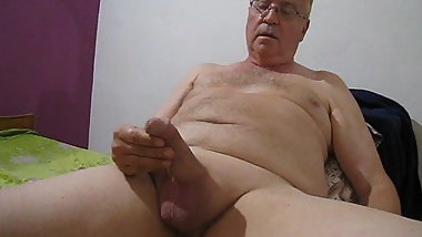 Playing with myself again - masturbating