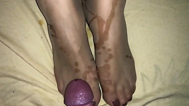 Cum on feet in nylon