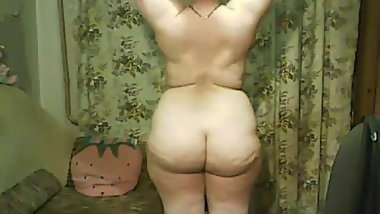 russian mature girl undress