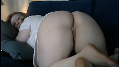 american women shows her big white ass