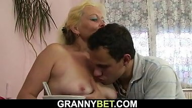 Shaggy pussy old blonde granny