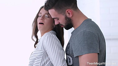 TeenMegaWorld - TeenSexMovs - Trip from Birdwatching to Sex