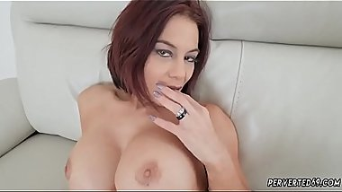 Sex machine scene Ryder Skye in Stepmother Sex Sessions