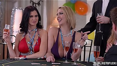 Milfs Cathy Heaven &amp_ Leigh Darby &amp_ Jasmine Jae Cum During New Year'_s Orgy