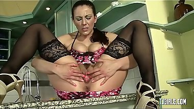 Hot chick is wearing sexy lingerie in this porn video