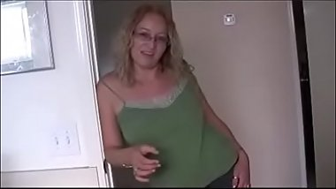 StepMom Wants To Watch You JOI
