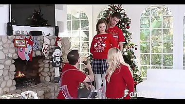 Step-Sis fucked me during family  - FamStoke.com