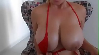 18yo HOT Bouncing boobs - I met her on Chick4fuck.com