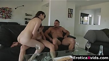 Gorgeous brunette threesome fuck