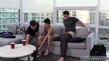 Video sex kiss gay thai Is it possible to be in enjoy with a family?